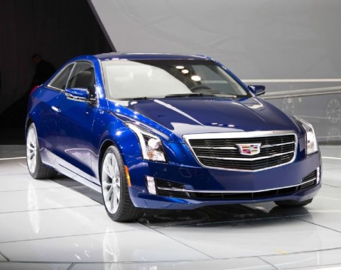 2015-Cadillac-ATS-front-three-quarters