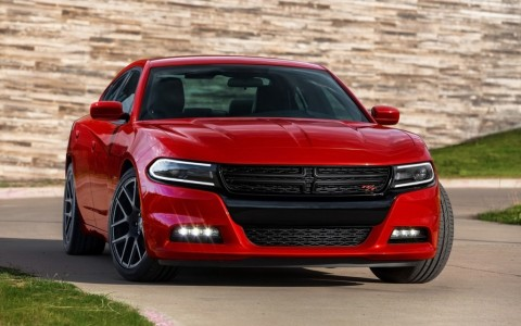 2015-Dodge-Charger-Static-1-1280x800